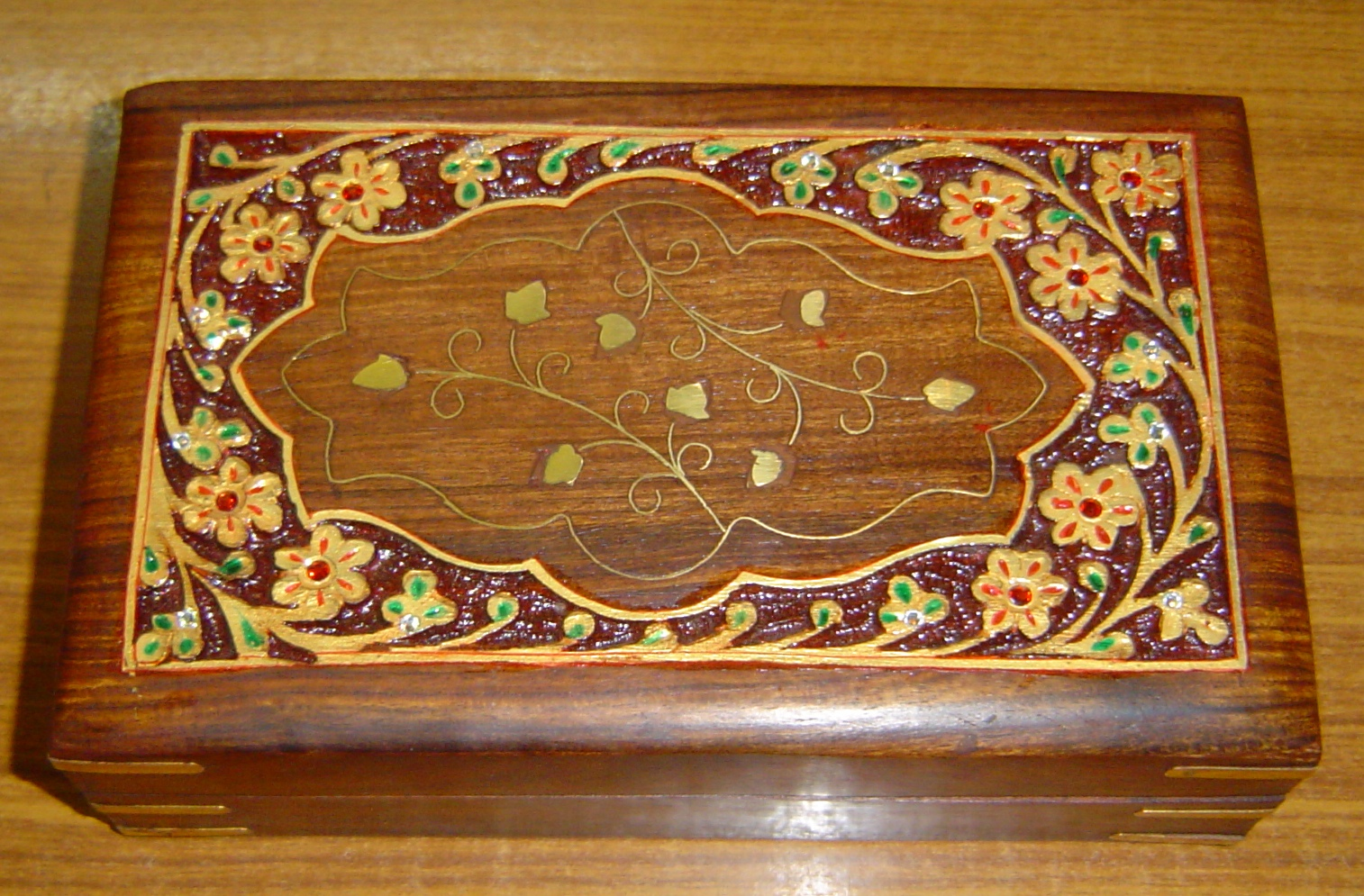130030 Sheesham Wood carving and decorative box