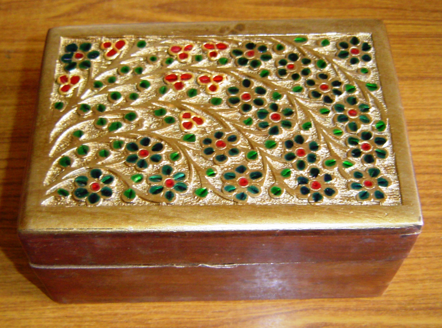 130058 Sheesham Wood carving and decorative box