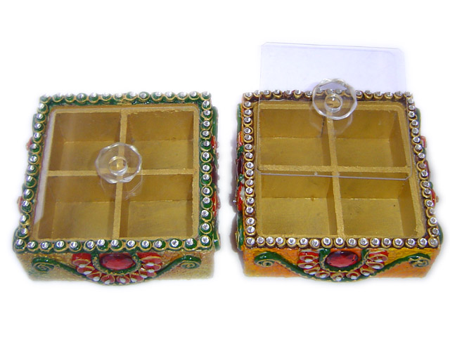 NA 116 Wooden resin handwork